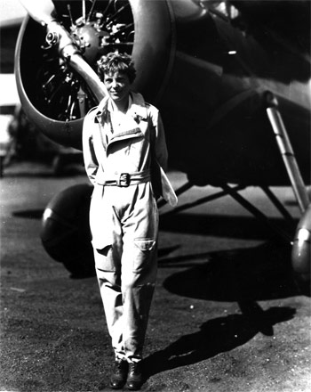 Amelia-Earhart, socialpolicy.gr, παγκόσμια ημέρα της γυναίκας