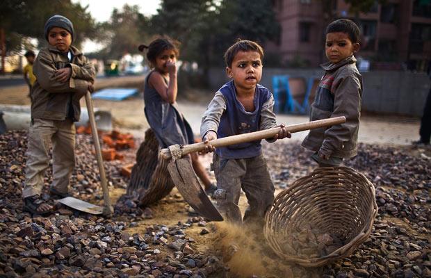 india-child-labour_1570360i1, socialpolicy.gr