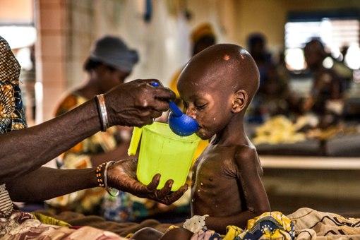 Μια πρωτοποριακή στρατηγική πρόληψης της ελονοσίας σώζει ζωές σε μια από τις πλέον ευάλωτες στην ασθένεια χώρες, τον Νίγηρα.