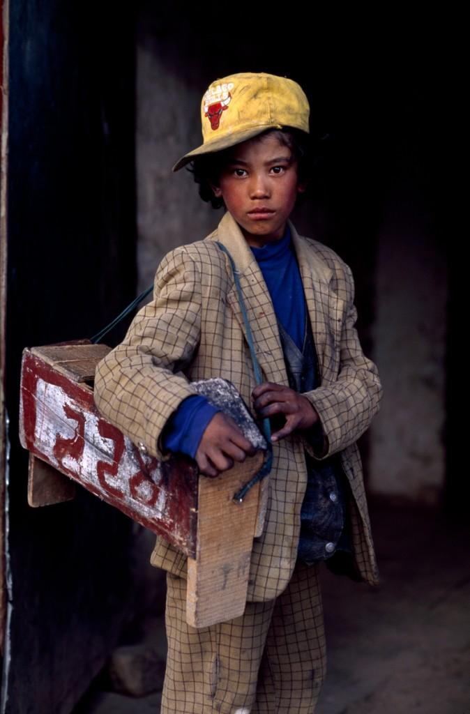 00492_01 Tibetans, 12/2000.