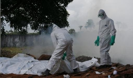 Έμπολα Απαιτείται παγκόσμια βιο-καταστροφική αντιμετώπιση επειγόντως, socialpolicy.gr