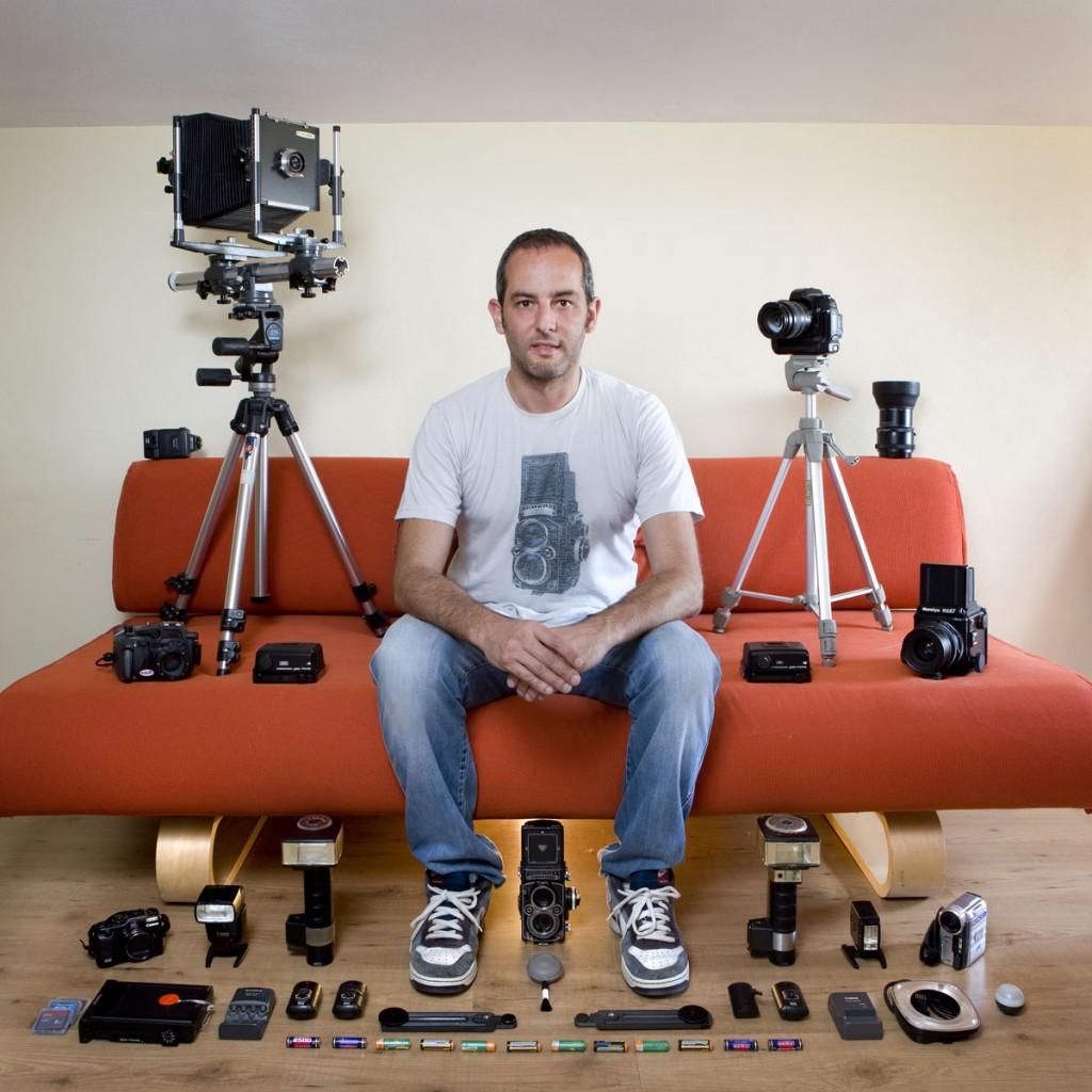 Gabriele Galimberti, socialpolicy.gr, toy stories, photographer