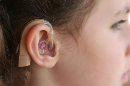 Η ψυχοπαθολογία παιδιών και εφήβων με προβλήματα ακοής, socialpolicy.gr