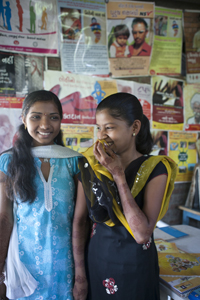 Youth Information Centre Valsad Gujarat. UNICEF India/2012/Vishwanathan