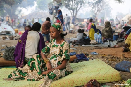 Central African Refugees waiting to be transferred to transit camps in Mbogorn?, Cameroon, 2014 *** Local Caption *** Ongoing conflict in Central African Republic pushed dozens of thousands over the borders with neighbouring countries to escape massacres.