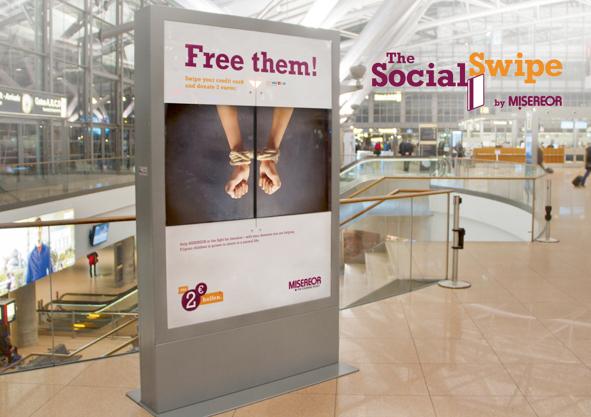 Social Swipe Ανθρωπιστική προσφορά μέσω διαδραστικής εμπειρίας, socialpolicy.gr