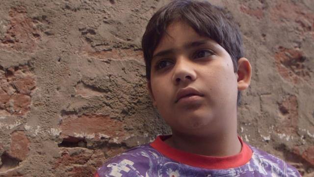 Η παιδική εργασία στην βιομηχανία των πολύτιμων λίθων της Ινδίας (βίντεο)