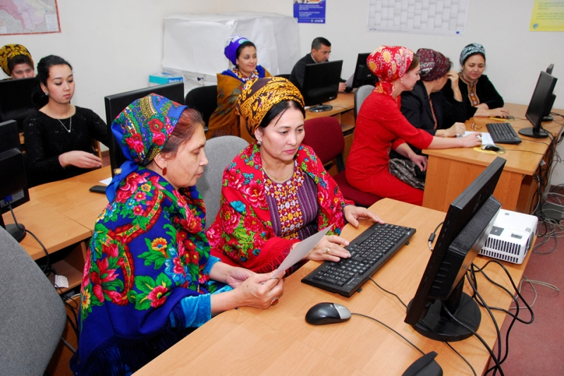 Statisticians entering data into the database for further processing and analysis. Photo: World Bank