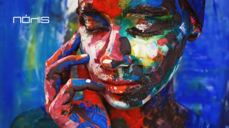 Πόλις in art